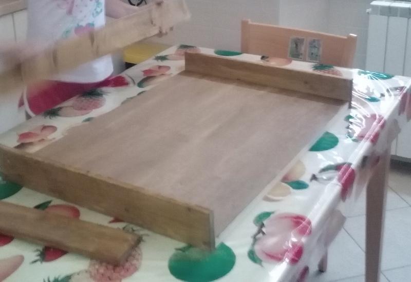 Assemblaggio tavolo